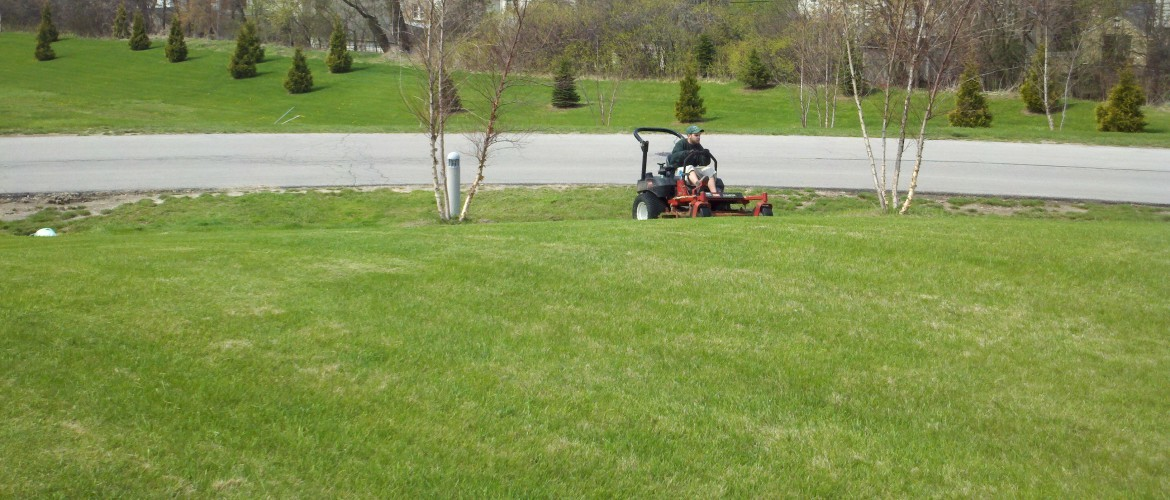 Mowing Service Milwaukee Landscaping Mequon
